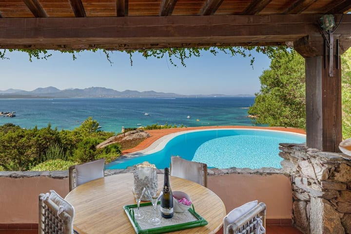 Villa Romantica, Li Cuncheddi, Sardegna