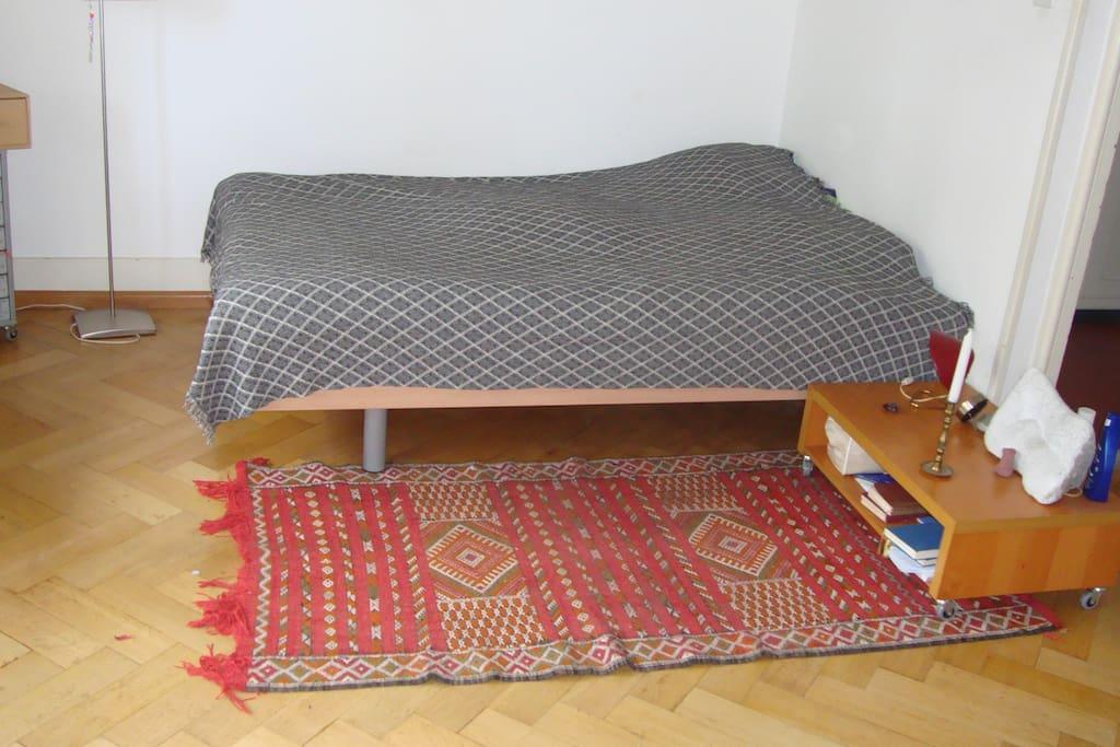 bedroom 1 - gardenside