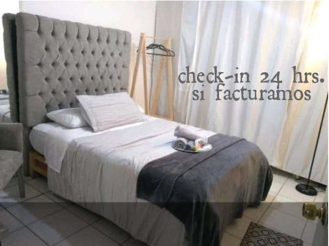 QUERETARO Junior Suite! Baño privado