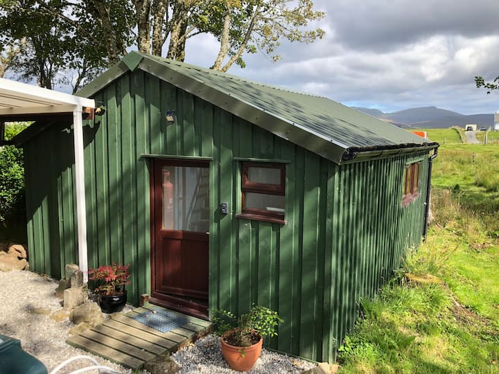 Cosy cabin on the Isle of Skye