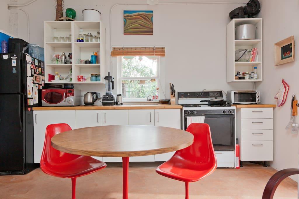 Art Studio with full home amenities
