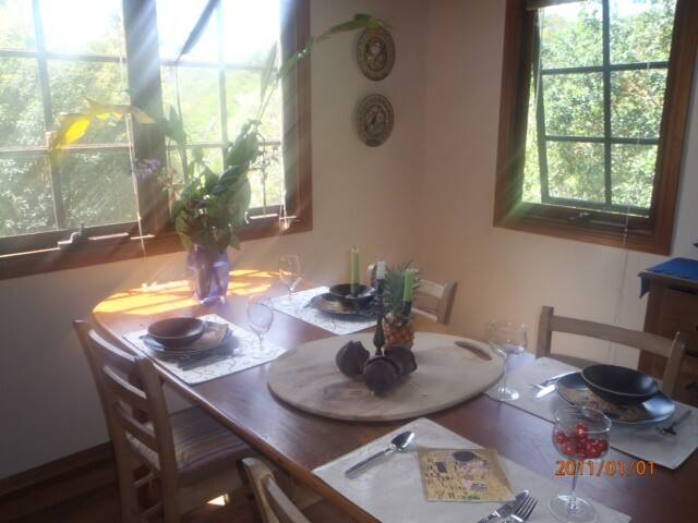 Leafy and quiet neighbourhood - Mullumbimby - Huis