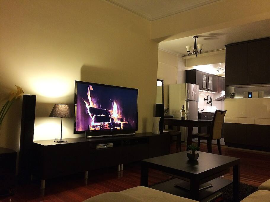 Virtual fireplace makes the stay a lot more interesting, and warm.