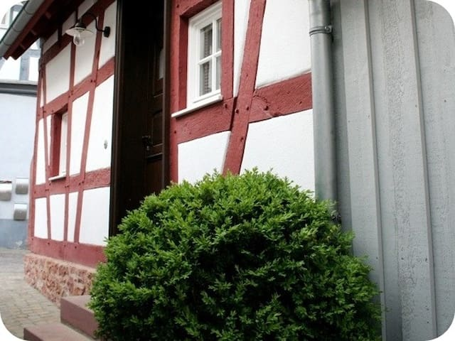 Apartment House - Seligenstadt - Talo