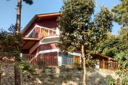 Jungle cottage with Himalayan view near Corbett. - Jairaj