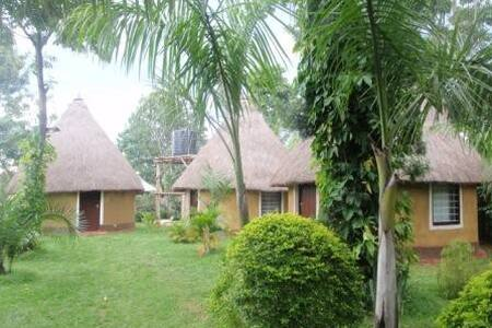 Bustani Cottages & Gallery of Arts - Bungoma