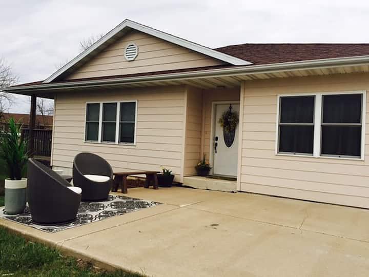 Modern Nauvoo Home for 10