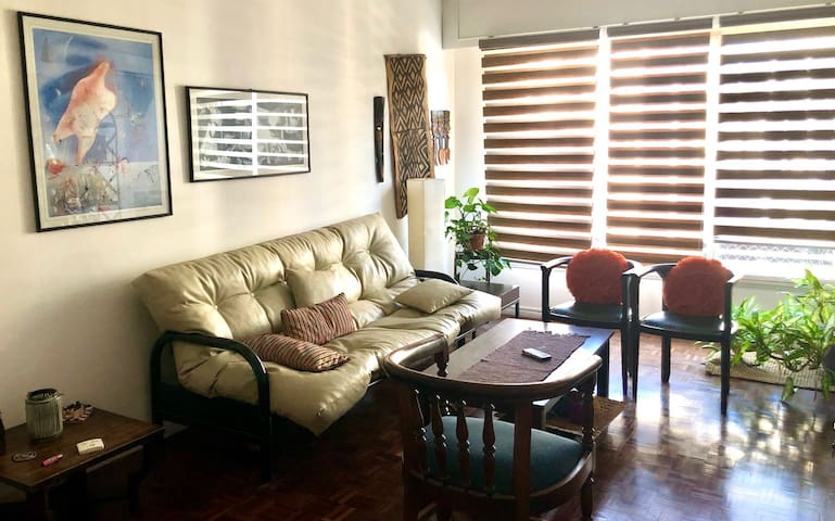 Bright and spacious apartment in the best area.