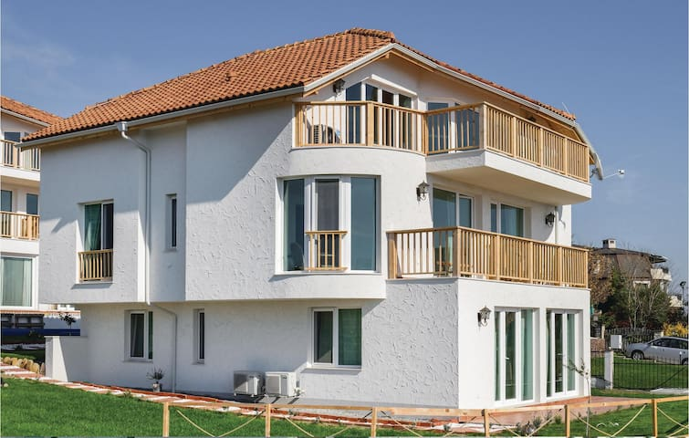 Holiday apartment with 1 bedroom on 55m² in Sozopol