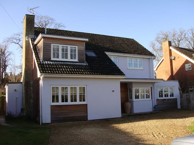 Fabulous home in Oxford village - Appleford - Huis