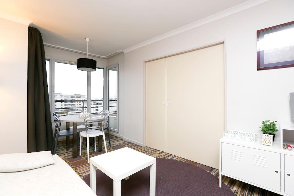 Clean safe and ideal to enjoy paris appartements louer for Ideal paris