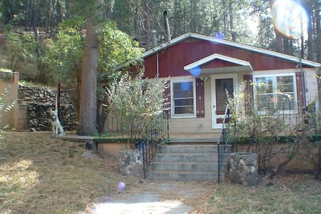 Hideaway on Bridge Lane - Rapid City - Haus