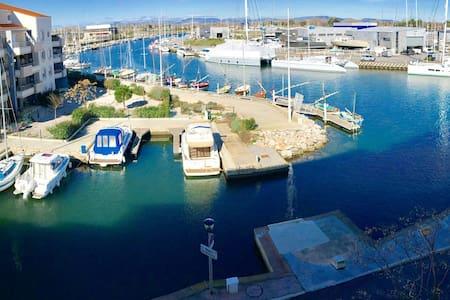 Appartement avec 1 chb séparée, vue sur la marina - Canet-en-Roussillon - Huoneisto