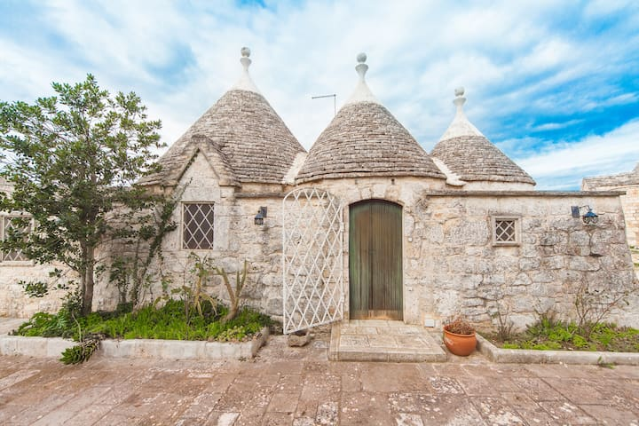 Trullo Lamapellegrini in Valle D'Itria