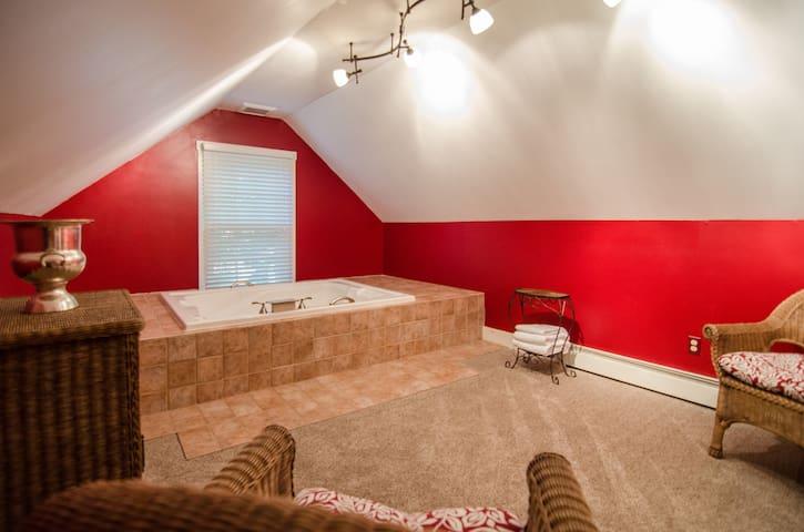 Whirlpool Tub View (Webb Suite, 2nd Floor, Carriage House)