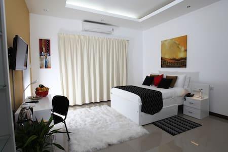 Ayaana Standard room 203# - Polgolla