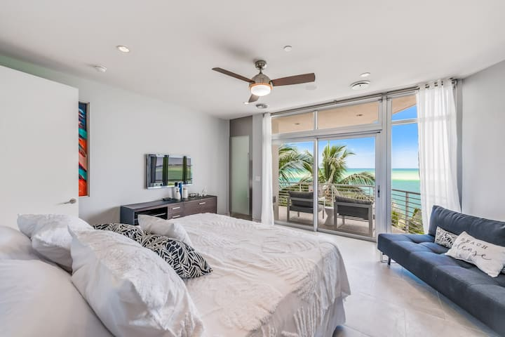 2nd Master Bedroom - King Bedroom Facing the Gulf