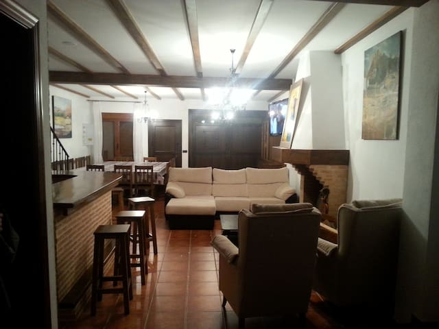 Trastamara Country House - Montiel - Casa