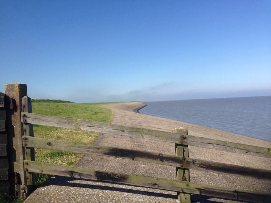 Friesland aan zee vrijstaand huis huizen te huur in for Huizen te koop friesland
