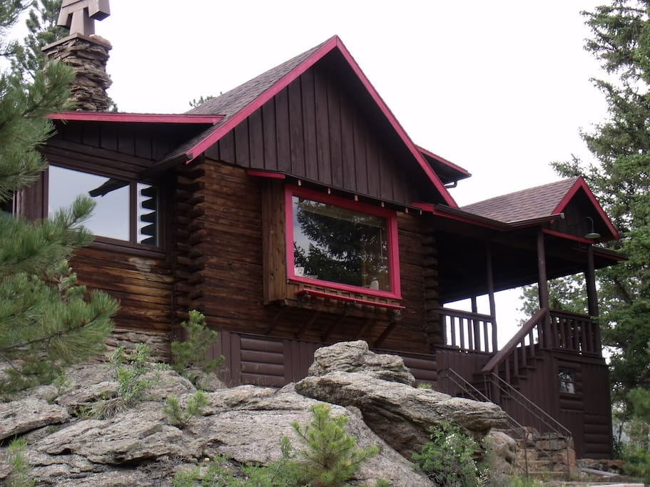 Mountain and river views 4 bedroom cabins for rent in for Mountain cabin rentals colorado