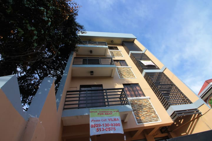 Cebu Affordable Furnished Executive Apartment-301