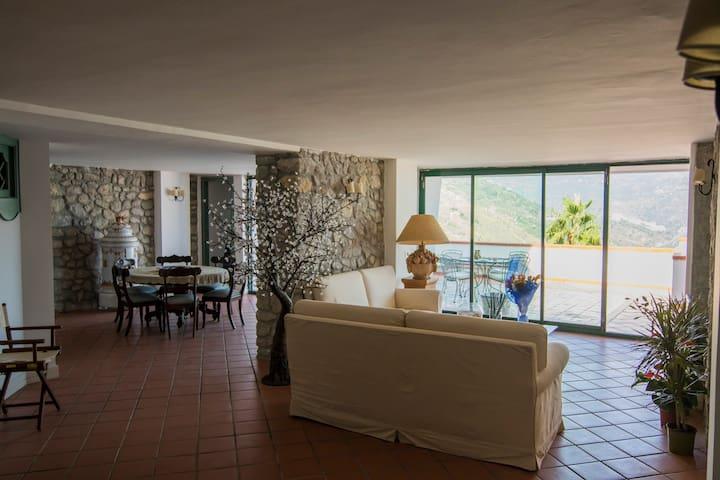 Appartamento con panorama incantevole - Taormina - Byt