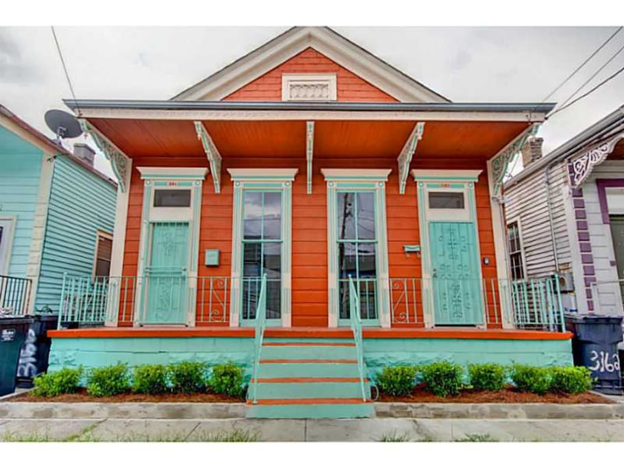 Charming Two Bedroom With Bikes Near Bywater Houses For Rent In New Orleans Louisiana