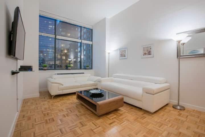 Luxury 2 Bedroom in Lincoln Center