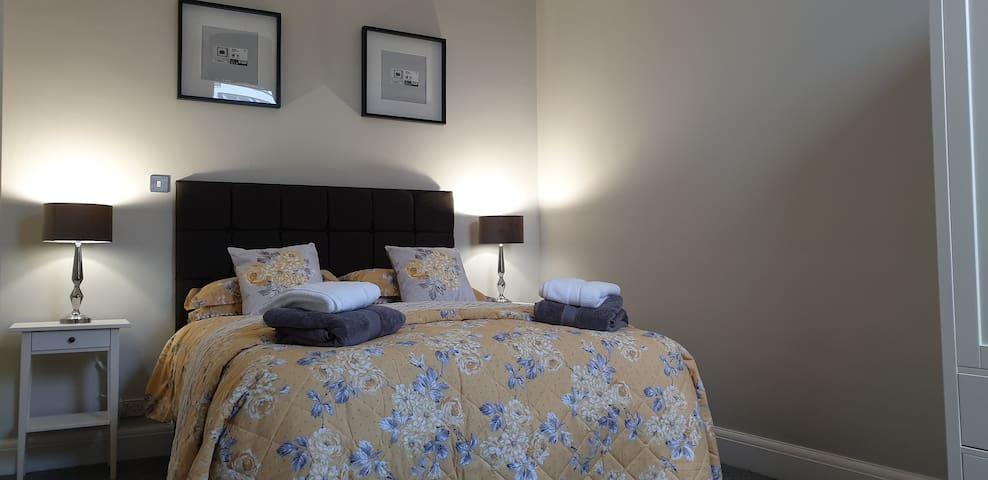 Queens Park Apartments - Llandudno