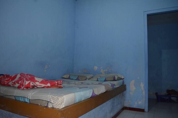 Sebuah rumah di lereng G. Merapi - Cangkringan - Bed & Breakfast