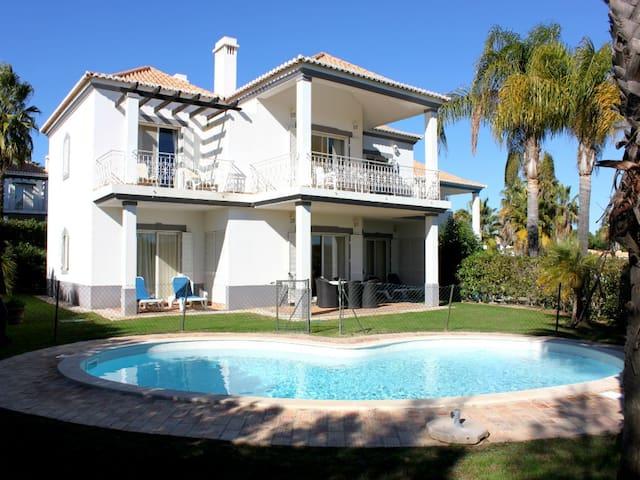 Stevens Brown Apartment,Quinta Lago - Almancil - Apartment