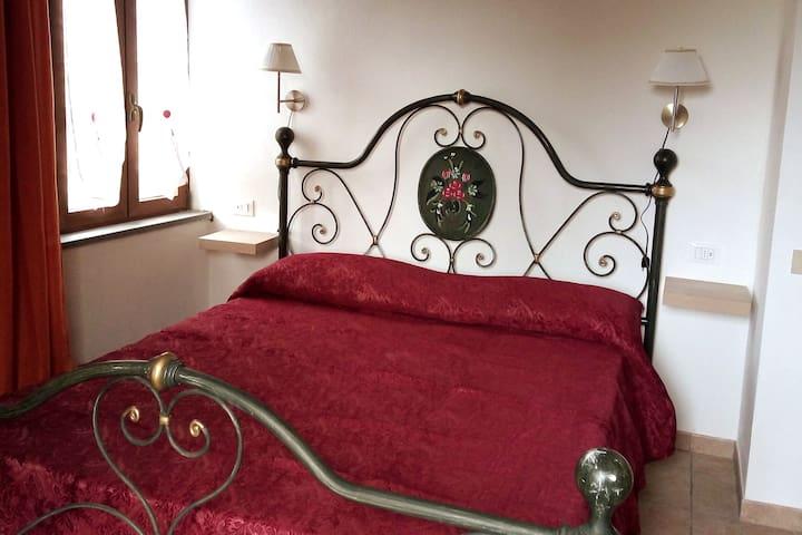 La Mansarda Oro camera doppia in campagna a Siena