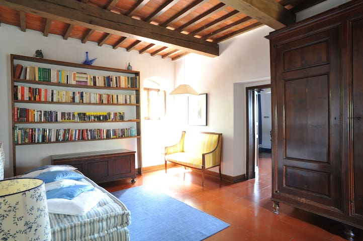 Art Apartment Casale Sant' Anna