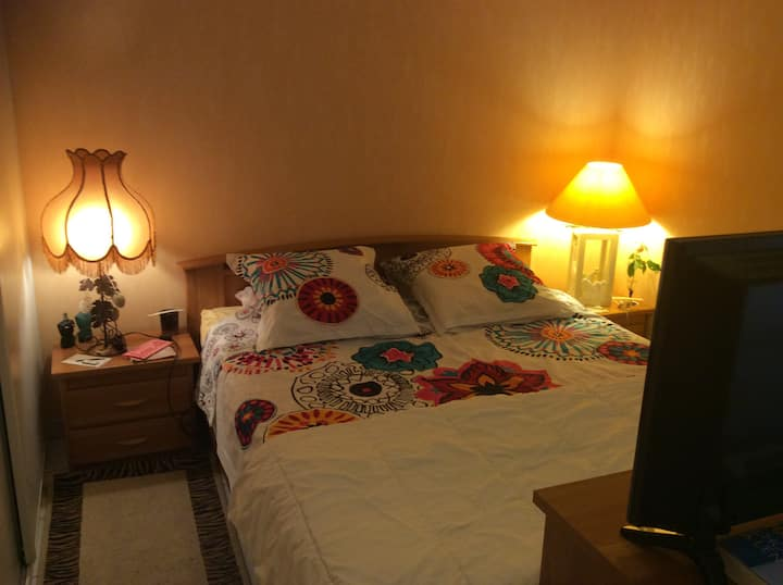 Chambre confortable dans jolie résidence