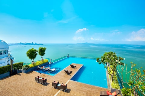 22nd floor sea-view@Wang Amat Tower