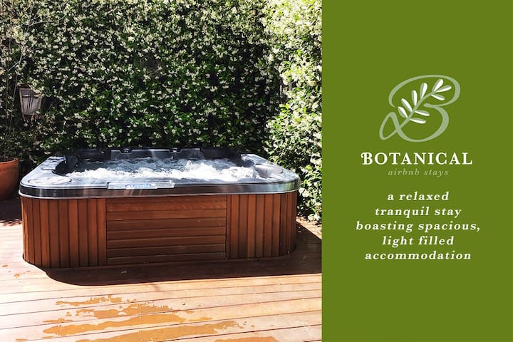 Botanical @ The Gardens