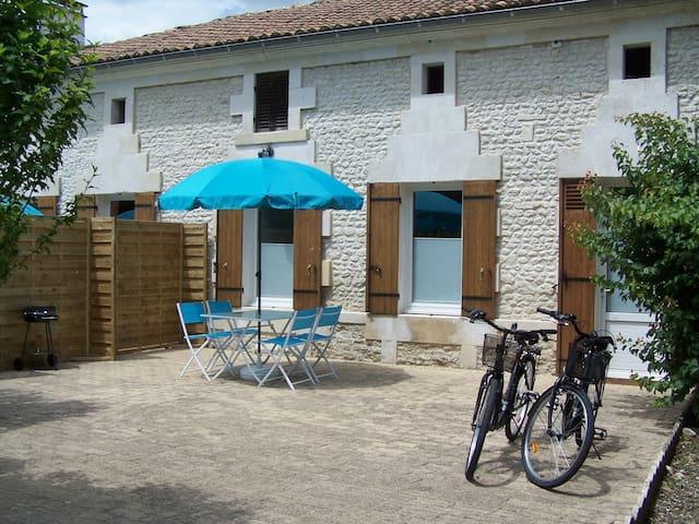 Private terrace & BBQ