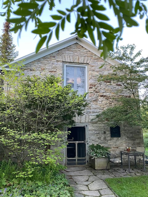 Charming Stone Guest House w/ Gardens on Tay River