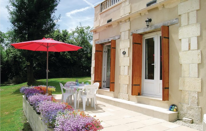 Holiday cottage with 3 bedrooms on 125m² in La Barde