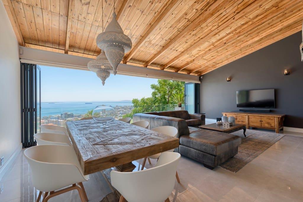 Luxury Living In This 3 Bed Fresnaye Apartment Apartamentos Para Alugar Em Cidade Do Cabo
