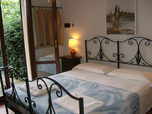 Green Rooms in Natural Park Toscana - Grosseto - Bed & Breakfast