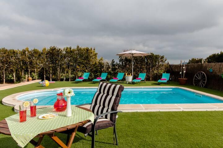 Casa de campo con piscina en Montui - Illes Balears - House