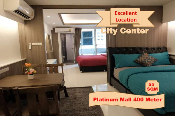 Family Room Condo4 NR Shopping@Platinum + FreeWifi