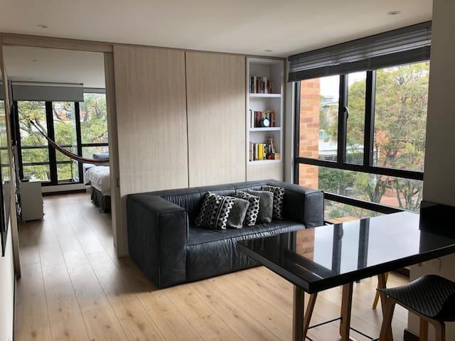 Hermoso apartamento al lado del Parque de la 93