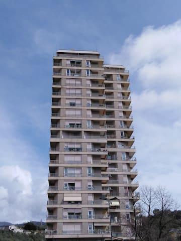 Appartamento grattacielo verd 156