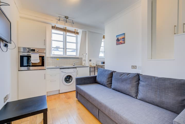 Beautifully located in the Heart of London