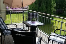 Balkon Gartenblick