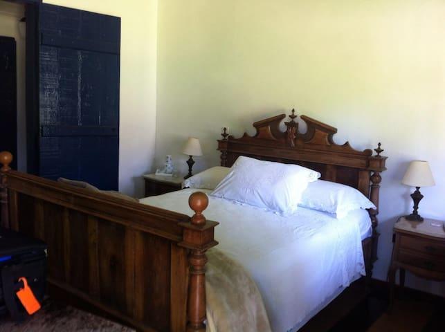 Charme e Aconchego Casa do Séc. XIX - Pedra Bela - Rumah