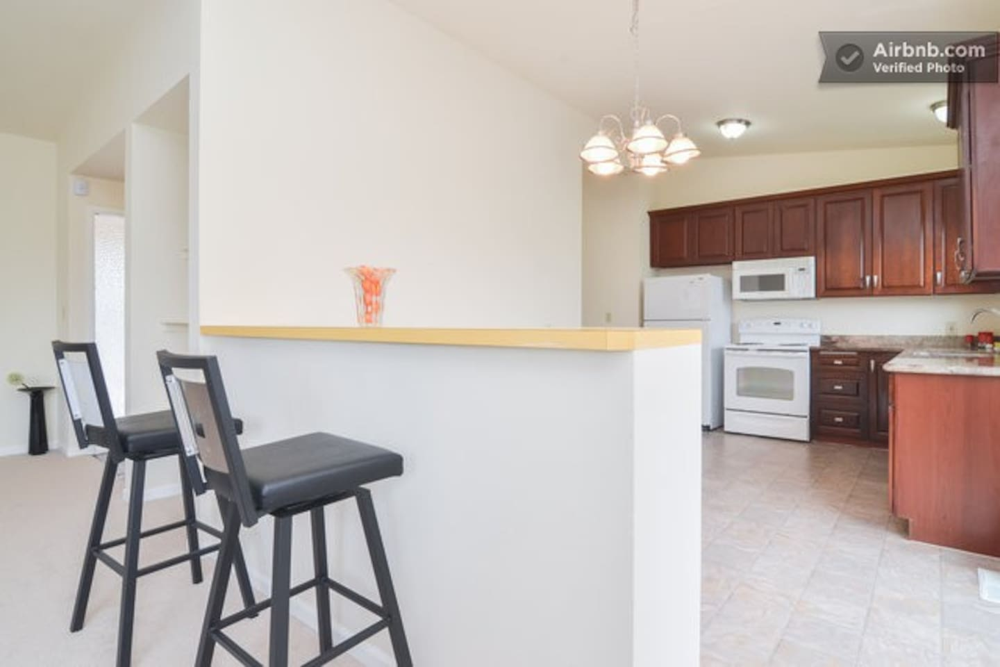 Spacious Home w/Horizon by Seattle, Renton,Airport - Houses for Rent ...