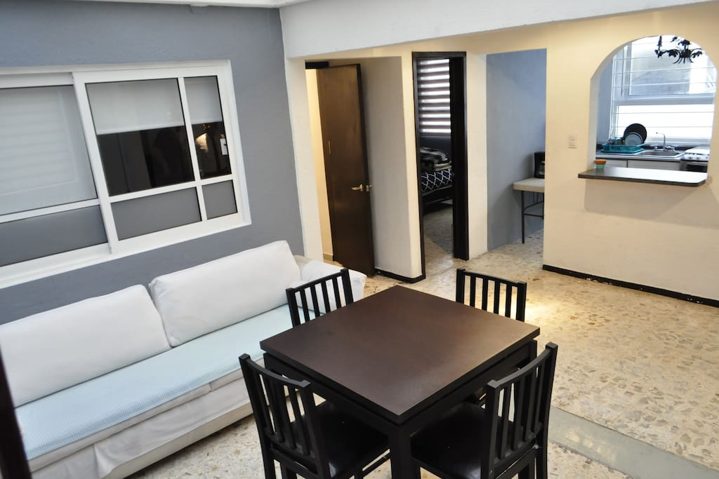 """<span class=""""item-title ng-binding"""" style=""""font-weight: 700; display: block; font-size: 16px; text-align: start; white-space: normal;"""">3BR Apt. Sleeps 8 Ciudad de México 03020,</span><span style=""""font-size: 16px; font-weight: 700; text-align: start; white-space: normal;"""">3BR Apt. Sleeps 8 Ciudad de México 03020, Mexico</span>"""
